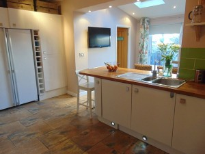 Excellent Kitchen/Dining Room