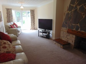 Delightful Extended Lounge Overlooking Sunny Rear Garden