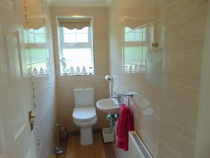 Fully Tiled Cloakroom