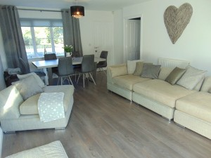 Delightful Spacious Through Lounge with lovely open outlook