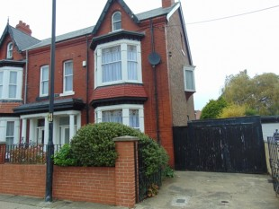 6 Bed Semi Detached House