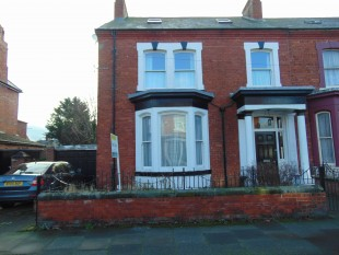 7 Bed Semi Detached House