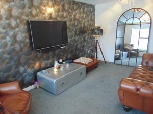 Delightful Lounge