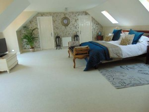 Master Bedroom with En Suite and Large Dressing Room