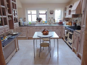 Excellent Half Tiled Dining Kitchen