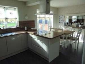 Excellent Open Plan Dining Kitchen