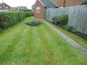 Large Side Garden