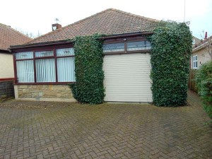 Garage To Front Which Could Easily Be Converted To Second Bedroom