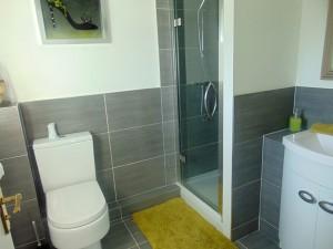 Half Tiled En Suite