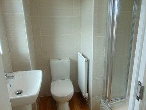 Fully Tiled En Suite