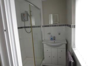 Half Tiled Shower Room