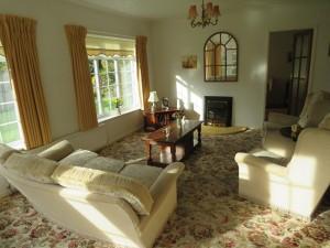 Delightful  Split Level Lounge Overlooking Beautiful Rear Garden